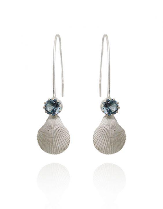brincos-concha-compridos-e-pedra-azul